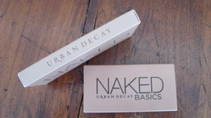 DSC03892 300x168 - Review Urban Decay Naked Basics