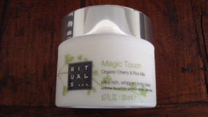 DSC04325 300x168 - Rituals Magic Touch Organic Rice Milk & Cherry Blossom Review