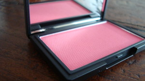 DSC04455 300x168 - Sleek Blush Flamingo #937 Review