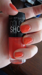 DSC04523 168x300 - Colorblocking met de Maybelline Color Show Nagellak