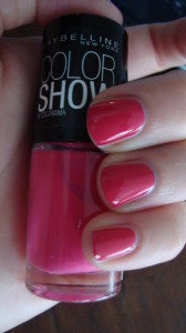 DSC04536 168x300 - Colorblocking met de Maybelline Color Show Nagellak