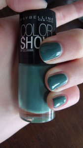 DSC04542 168x300 - Colorblocking met de Maybelline Color Show Nagellak