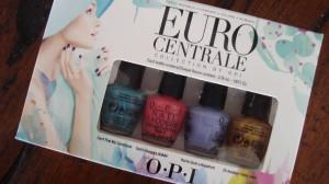 DSC04854 300x168 - Tijd voor een reisje Europa! OPI Euro Centrale Limited Edition Nagellak Review