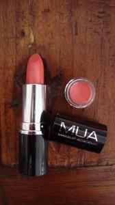 0071 168x300 - MUA vijf kleuren Lipstick Review + Swatches