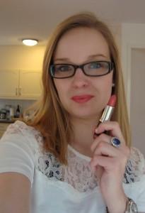 07 Helemaal 205x300 - MUA vijf kleuren Lipstick Review + Swatches