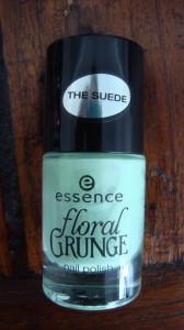 DSC05148 168x300 - Essence Floral Grunge Limited Edition lijn Nagellak + Quatro's