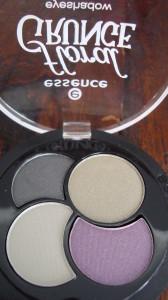 DSC05169 168x300 - Essence Floral Grunge Limited Edition lijn Nagellak + Quatro's