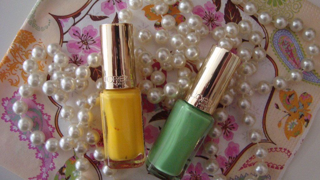 DSC06537 1024x576 - L'oréal Color Riche Wasabi Hint #833 en Banana Pop #834 Review
