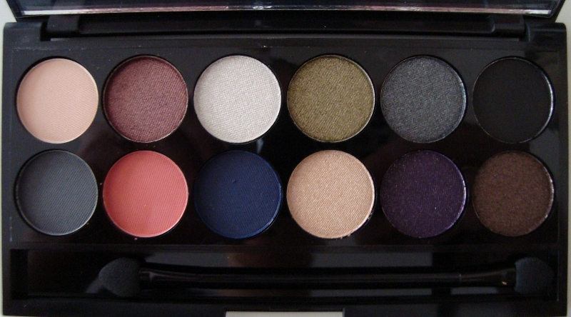 DSC06735 800x444 - Sleek i-Divine Showstoppers Palette LE Review