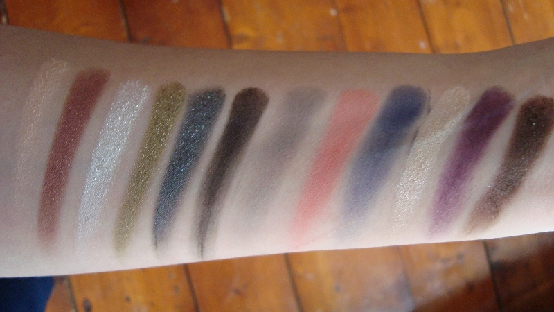 DSC06741 800x450 - Sleek i-Divine Showstoppers Palette LE Review