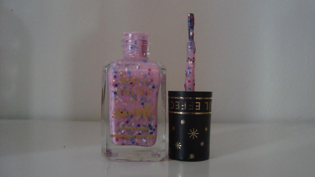 DSC07372 1024x576 - Barry M Sequin Nail Effects Pink 315 Glitternagellak