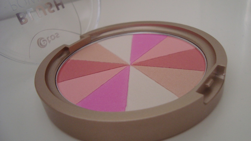 DSC07386 1024x576 - Etos Blush Powder