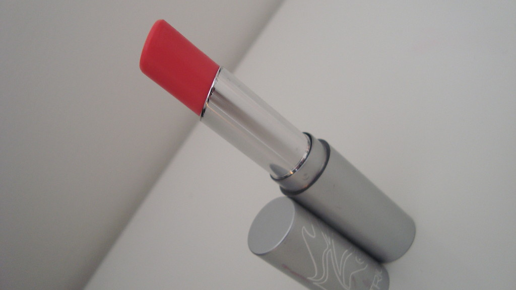DSC07447 1024x576 - Catrice Hip Trip Sheer Lip Colour Lippenstift Wheels On Fire!