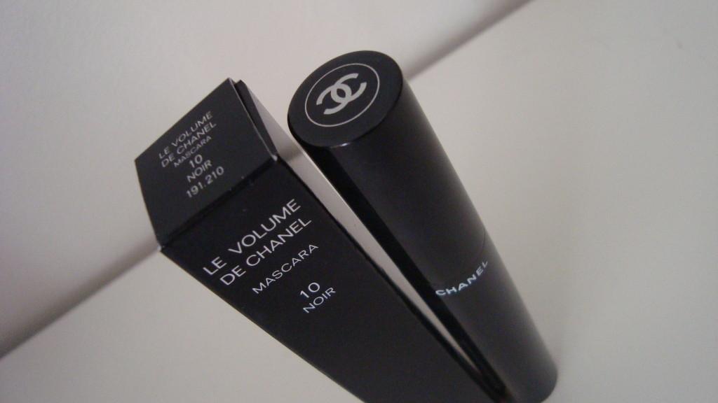 DSC07755 1024x576 - Le Volume De Chanel Mascara Review