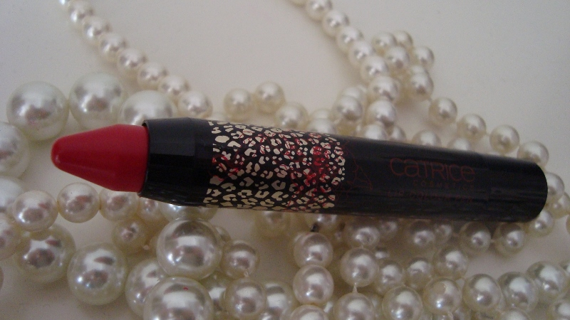 DSC08296 800x450 - Catrice Glamazona Lip Colour Pens Limited Edition Review