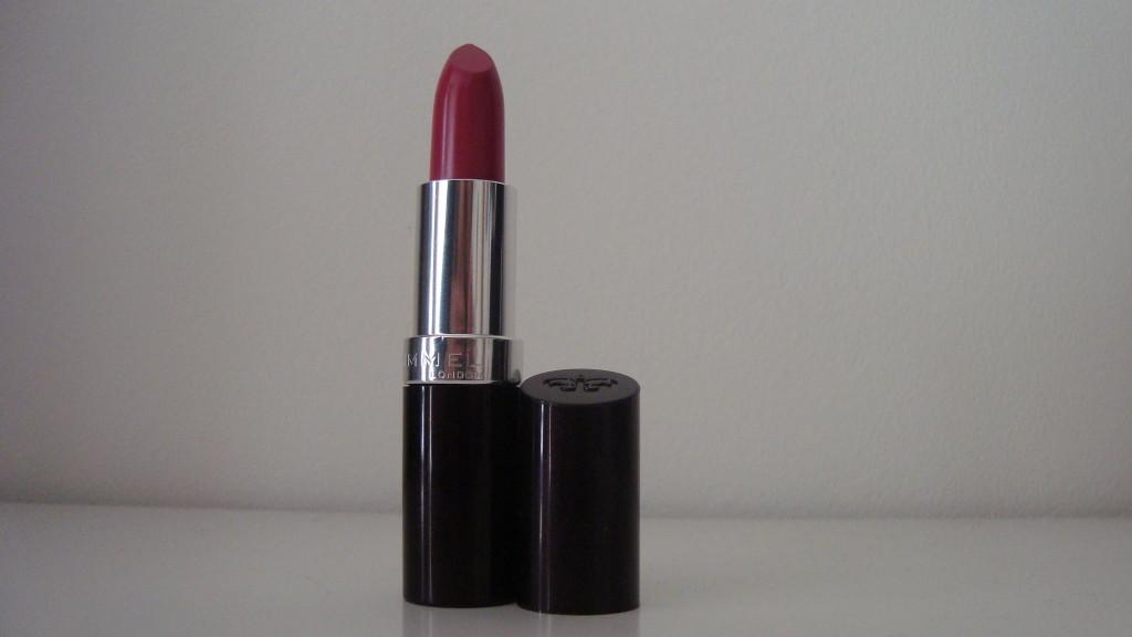 DSC08347 1024x576 - Rimmel #016 Heart Breaker Lipstick Review