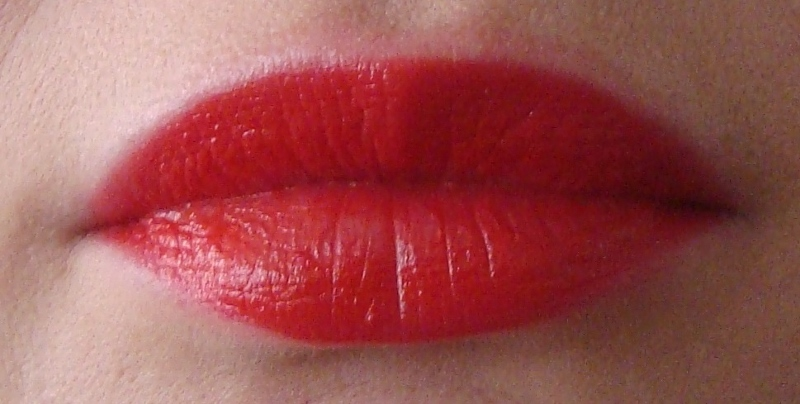 DSC08427 800x404 - Catrice Glamazona Lip Colour Pens Limited Edition Review