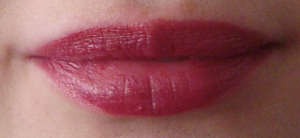 DSC08538 1024x473 - NYX Lip Smacking Fun Colours Review