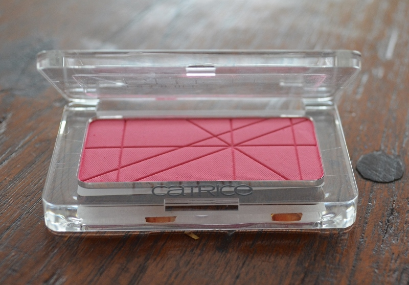 DSC 0032 800x558 - Catrice Defining Blush #070 Pinkerbell