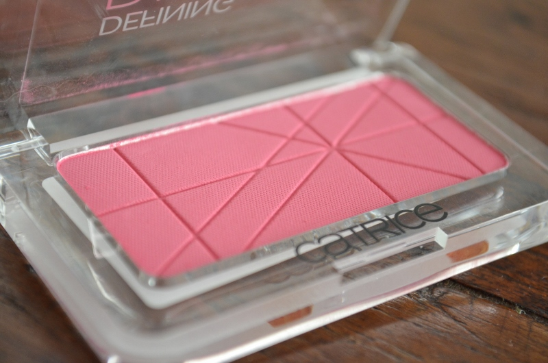 DSC 0043 800x530 - Catrice Defining Blush #070 Pinkerbell