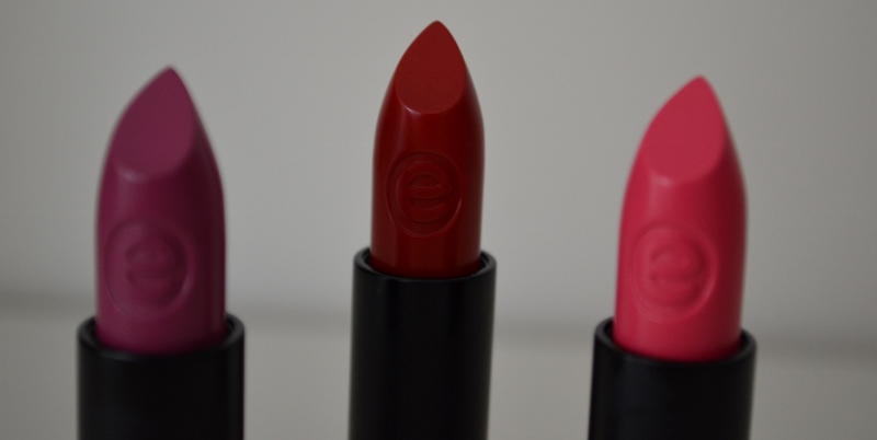 DSC 0139 800x402 - Essence Long Lasting Lipstick Review