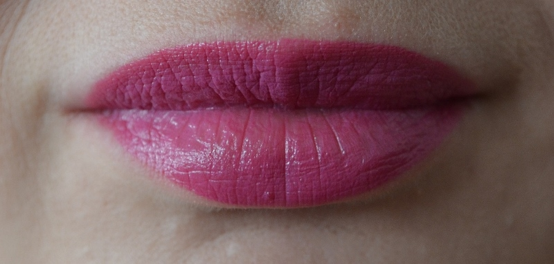 DSC 0205 800x382 - Essence Long Lasting Lipstick Review