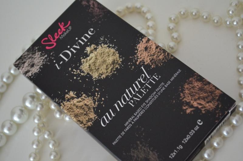 DSC 0336 800x530 - Sleek I-Divine Au Naturel Palette Review