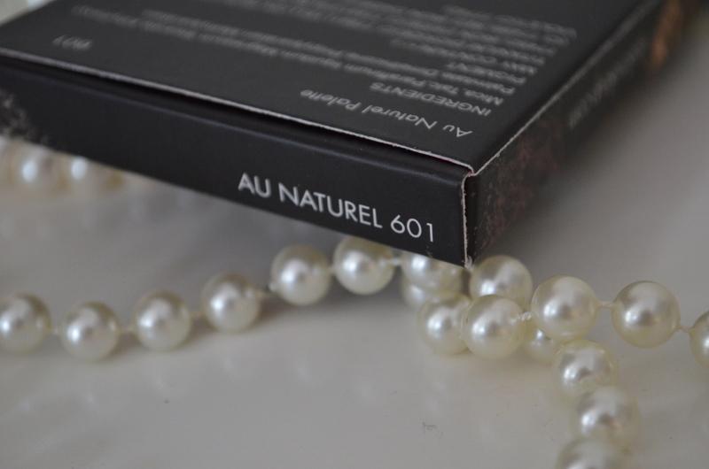 DSC 0340 800x530 - Sleek I-Divine Au Naturel Palette Review