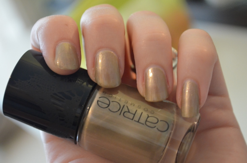 DSC 0407 800x5301 - Catrice Thrilling Me Softly LE Nail Laquers Review
