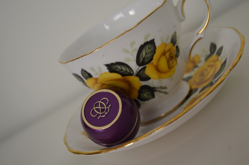 DSC 0769 800x530 - Oriflame Tender Care Blackcurrant Protecting Balm Review