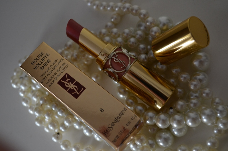 DSC 0227 800x530 - Yves Saint Laurent Rouge Volupté Shine 'Pink in Confidence'