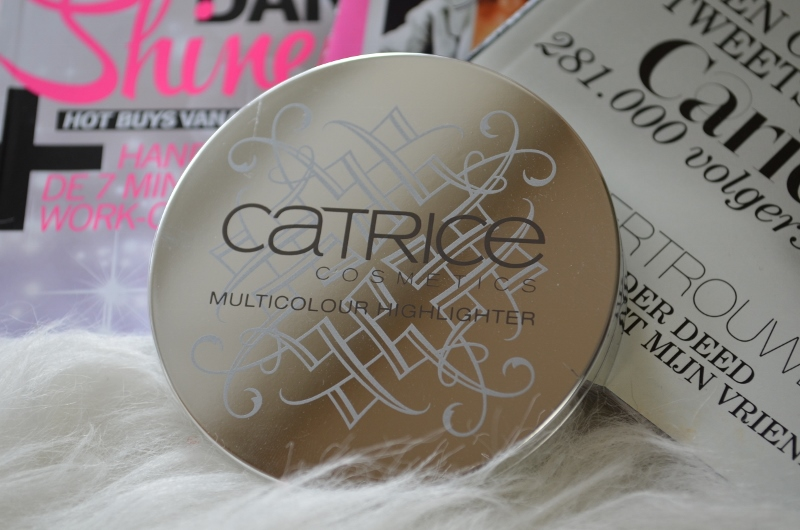 DSC 0215 800x530 - Catrice Celtica Multicolour Highlighter Review