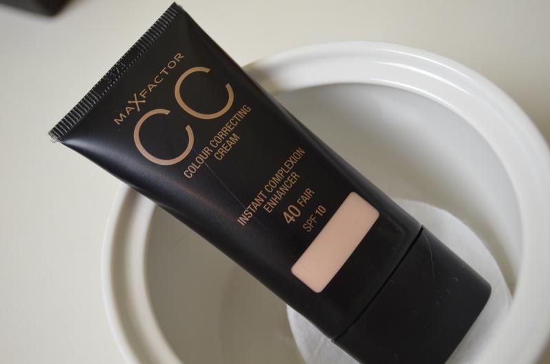 DSC 0222 800x530 - Max Factor CC Cream Review