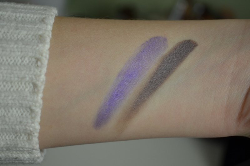 DSC 0228 800x530 - Maybelline Color Tattoo Review