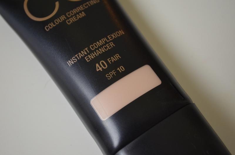DSC 0229 800x530 - Max Factor CC Cream Review