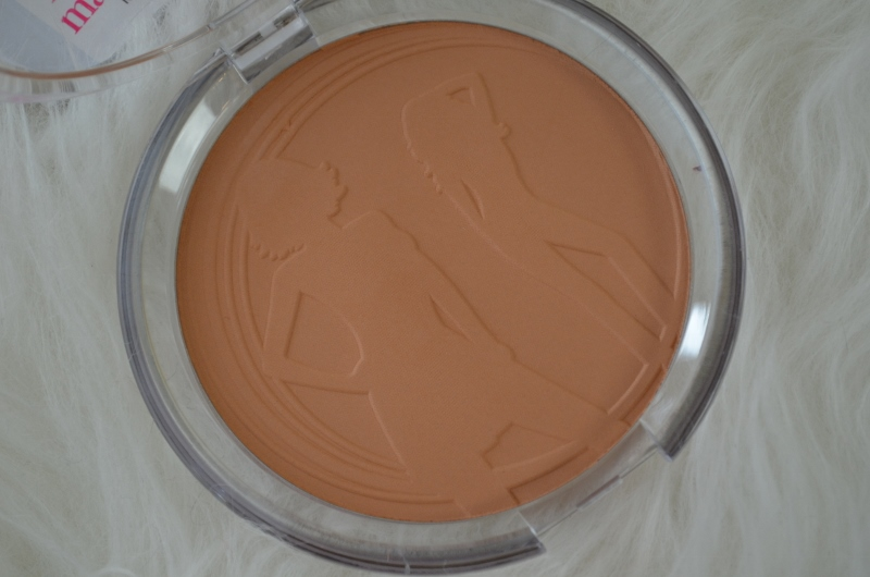 DSC 0234 800x530 - Essence Sun Club Matt Bronzing Powder Review