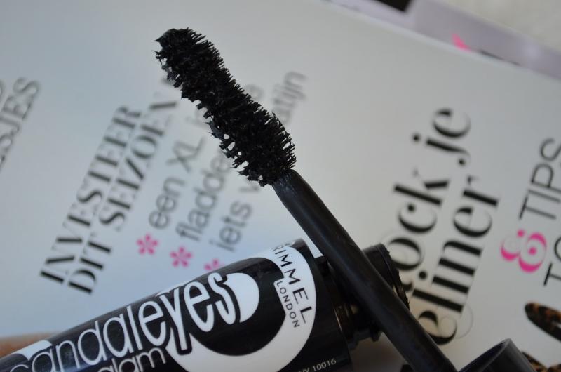 DSC 0237 800x5301 - Rimmel Scandaleyes Retro Glam Mascara Review