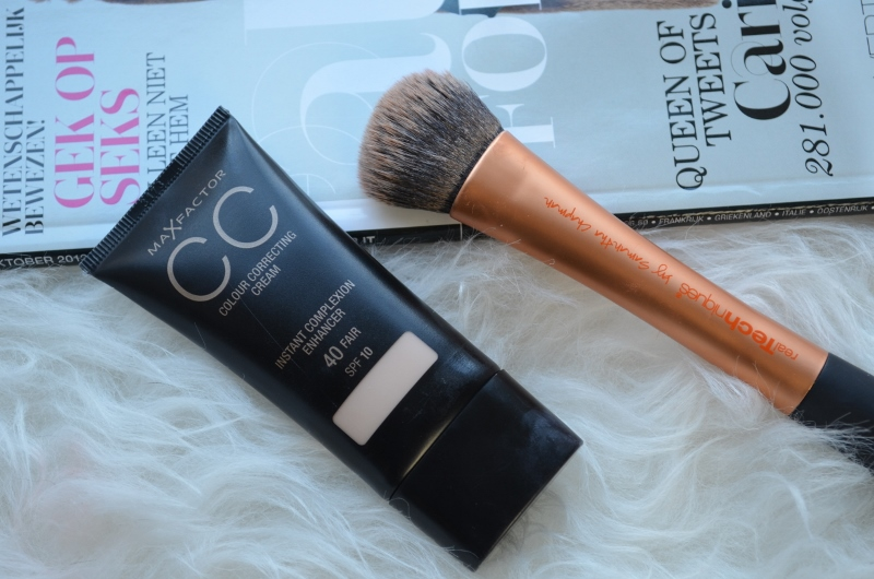 DSC 0344 800x530 - Max Factor CC Cream Review
