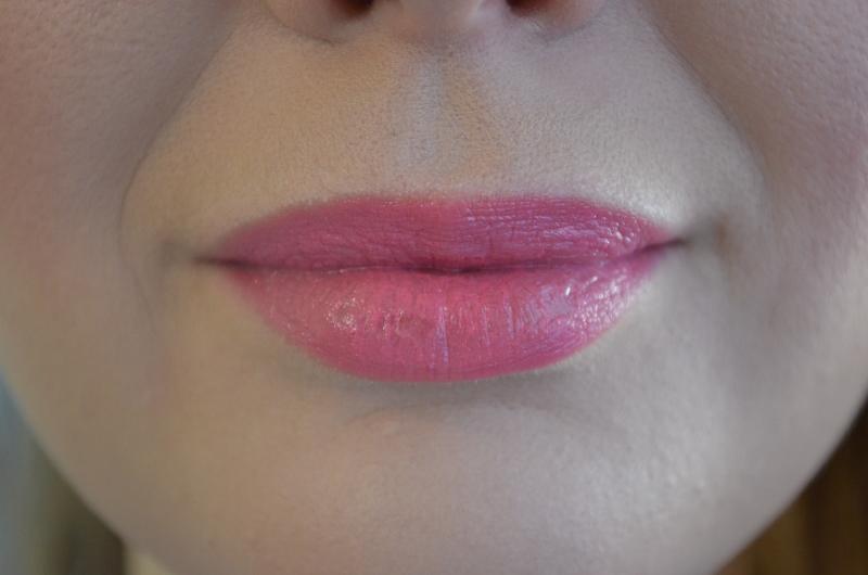 DSC 0427 800x530 - New In: M.A.C Lovelorn Lipstick!