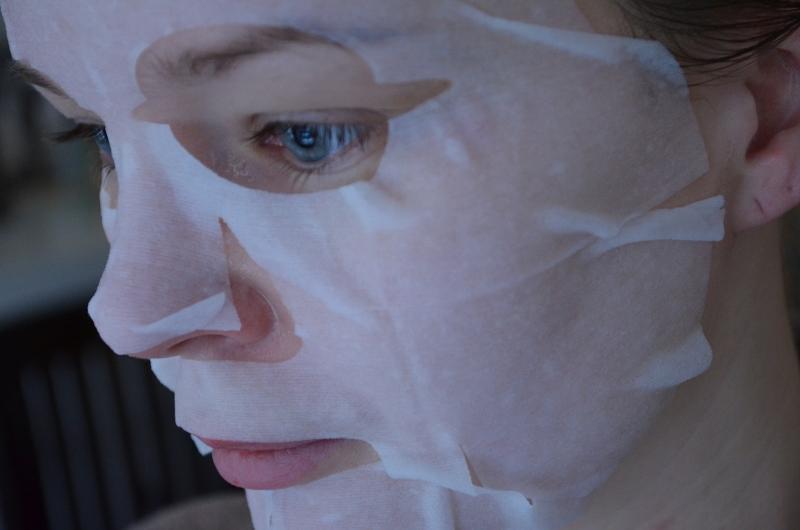 DSC 0197 800x530 - Glossybox Être Belle Collagen & Aloe Vera Masker