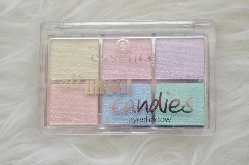 DSC 0304 800x530 - Essence All About Candies Palette Review
