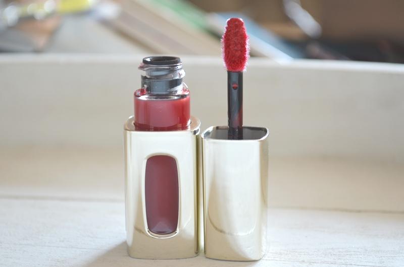 DSC 02243 - L'Oréal Color Riche l'Extraordinaire Liquid Lipstick(s) Review