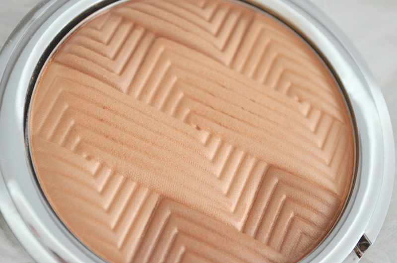 DSC 0439 - Catrice Sun Glow Shimmering Bronzing Powder Review