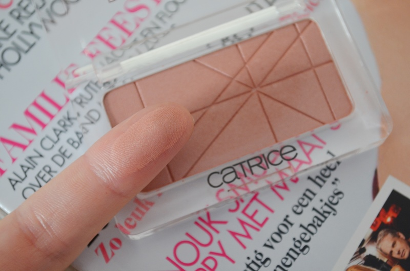 DSC 0474 - Catrice Defining Blush #080 Sunrose Avenue Review