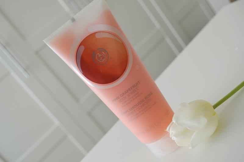 DSC 0233 - The Body Shop Pink Grapefruit Body Sorbet Review