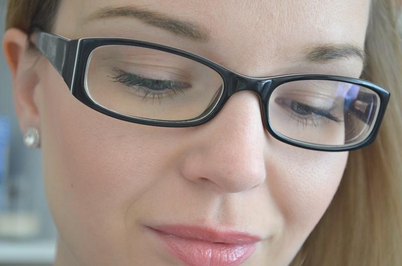 DSC 02522 - Make-up Studio Blusher in Box #7 (Peach) Review