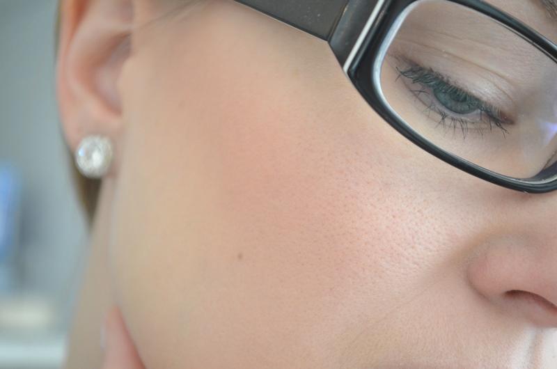 DSC 02553 - Make-up Studio Blusher in Box #7 (Peach) Review