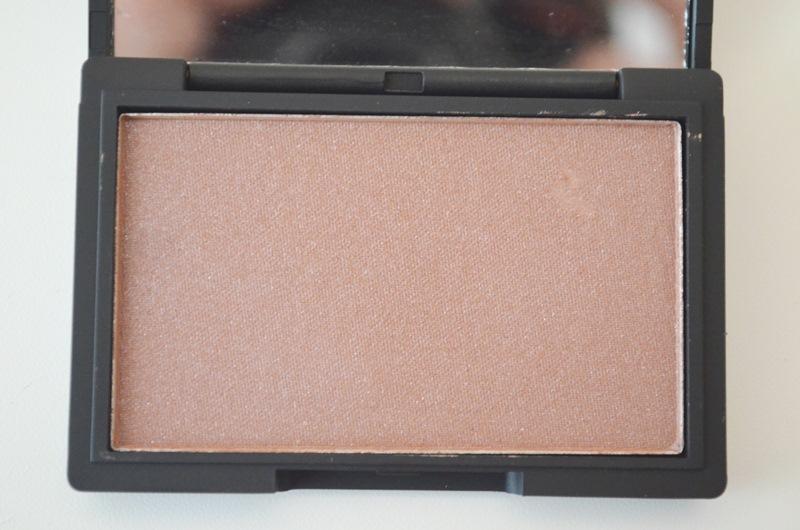 DSC 02751 - Sleek Antique Blush Review