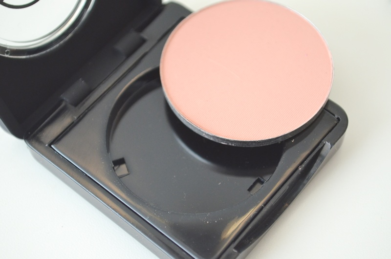 DSC 03071 - Make-up Studio Blusher in Box #7 (Peach) Review