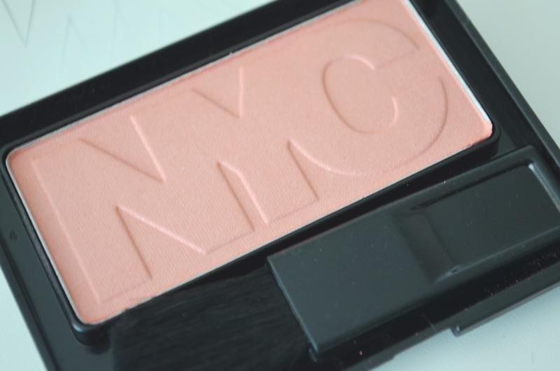DSC 02521 - In De Mix: NYC Mascara, Blush & Lip Color Review
